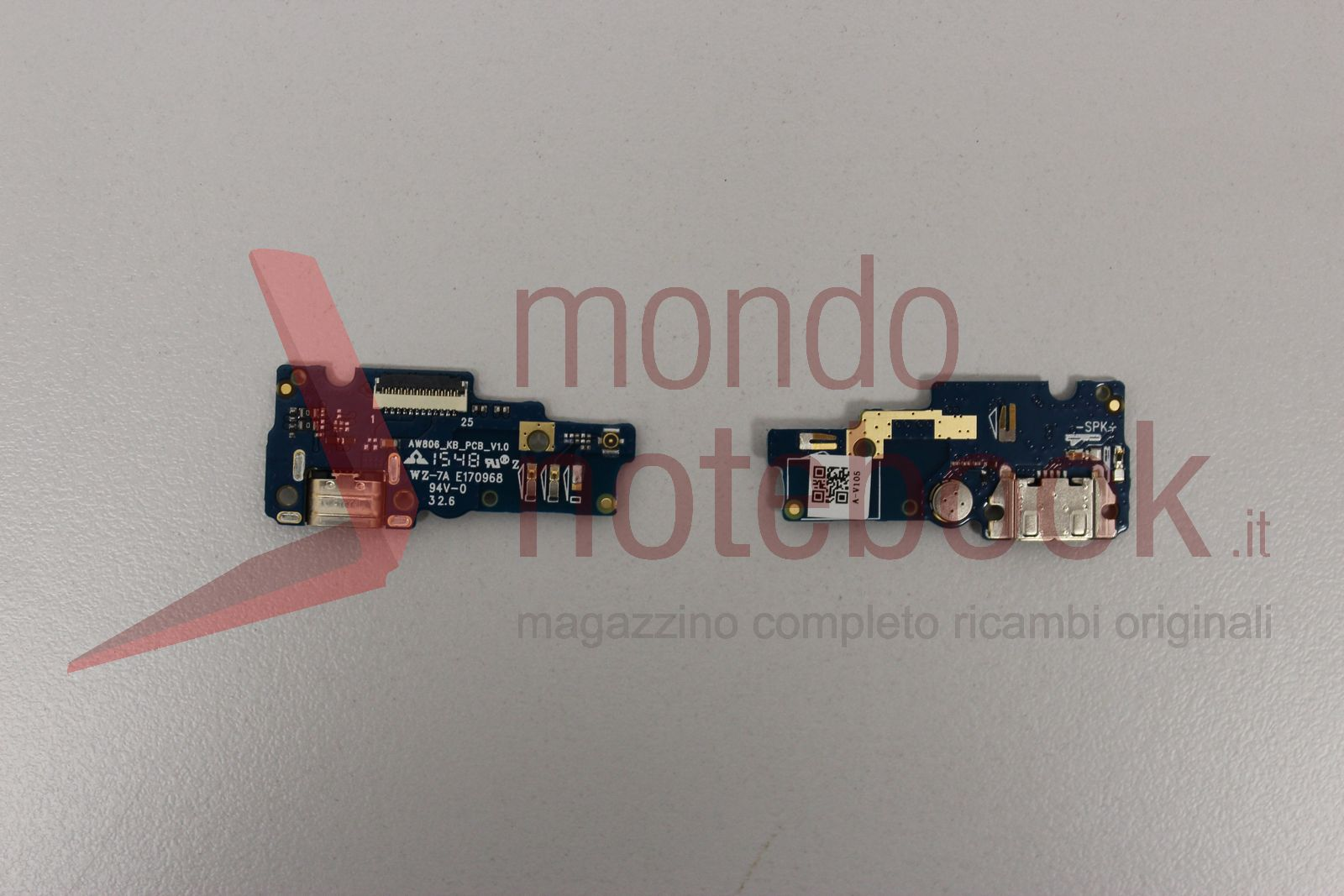 https://www.mondonotebook.it/5156/iphone-5s-vibrating-vibrator-motor-with-flex.jpg